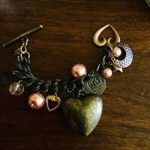 """Jewelry - Chunky bubble heart bracelet 7.5"""""""